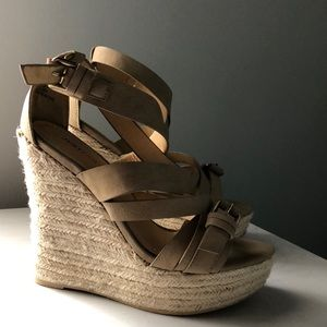 Strappy nude wedges